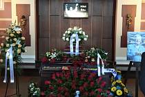 Rozloučení s Milošem Říhou v pardubickém krematoriu