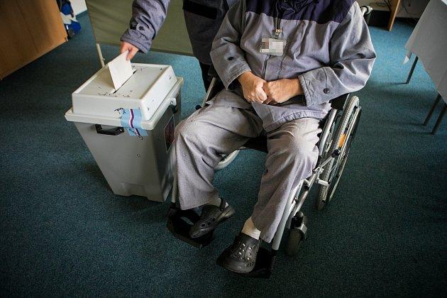 Druhé kolo prezidentských voleb ve Věznici Pardubice.
