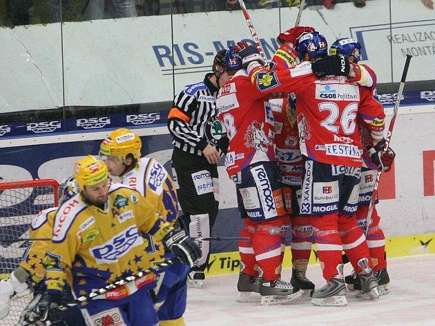 Pardubice vyhrály na ledě Zlína v prodloužení.