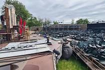 Bouřka nadělala škody i na letní scéně Východočeského divadla na Kuňce