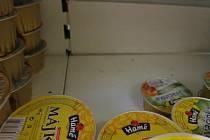 V prodejně ve Starém Hradišti nalezli inspektoři myší trus. Prodejna musela okamžitě zavřít.