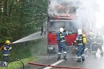 Požár nákladního vozidla u Bukovky