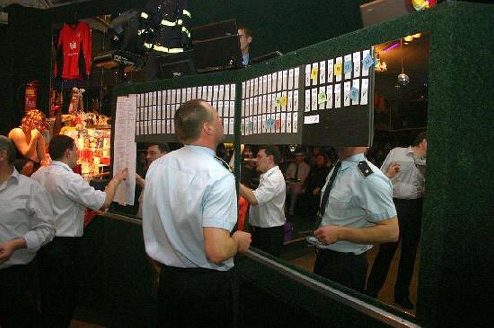 Choltický hasičský ples.
