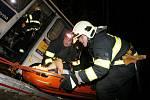Při samotném vyprošťování si hasiči pořádně mákli..