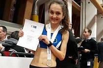 ZÁŘÍ ŠTĚSTÍM. Lucie Maršánová získala první zlatou medaili v dospělé kategorii. A k ní hned přidala stříbrnou.