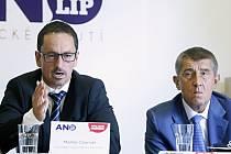 Lídr pardubické kandidátky hnutí ANO Matin Charvát (vlevo) a ministr financí Andrej Babiš.