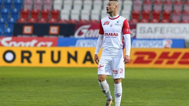 Premiéra! V utkání Plzeň - Pardubice se poprvé v dresu Východočechů objevil Dominik Kostka.
