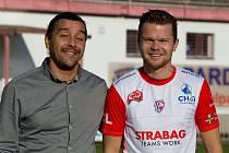 Sportovní manažer FK Pardubice Martin Shejbal a nizozemský fotbalista Pieter Langedijk