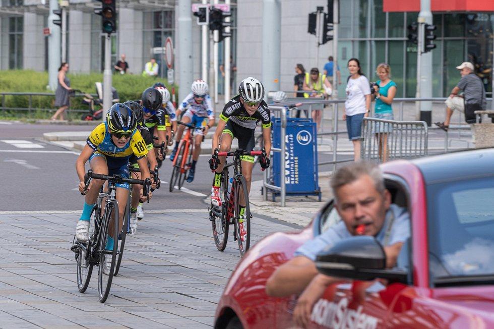 Pardubické centrum v sobotu opanoval cyklistický závod. Na startu byly i děti