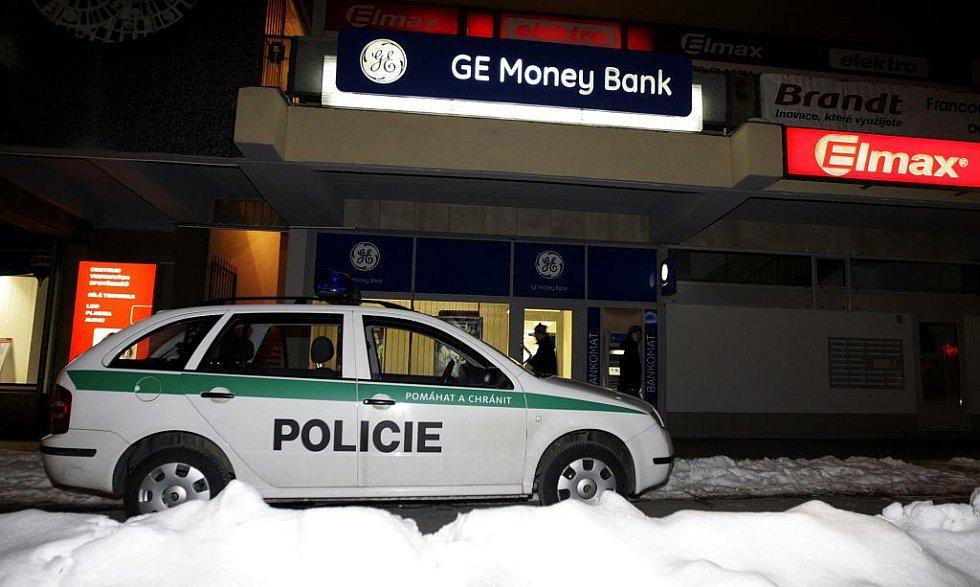 Přepadená pobočka GE Money bank v Pardubicích na Palackého třídě