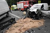 Nehoda u Býště několik hodin blokovala silnici.