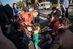 Řidič na Sukově třídě ve středu ráno zcela přehlédl ženu na přechodu a srazil ji.