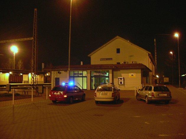 Železniční stanice v Řečanech nad Labem
