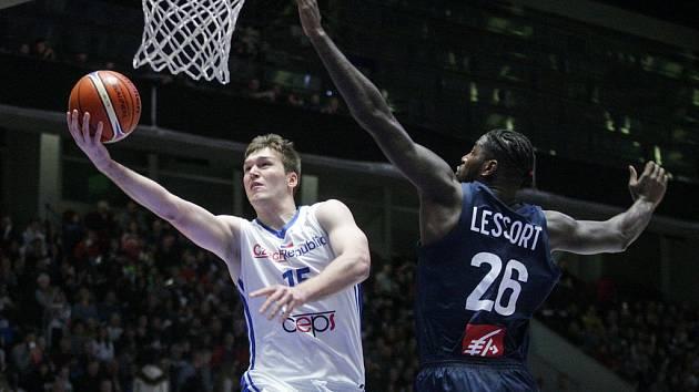 Martin Peterka v utkání proti Francii