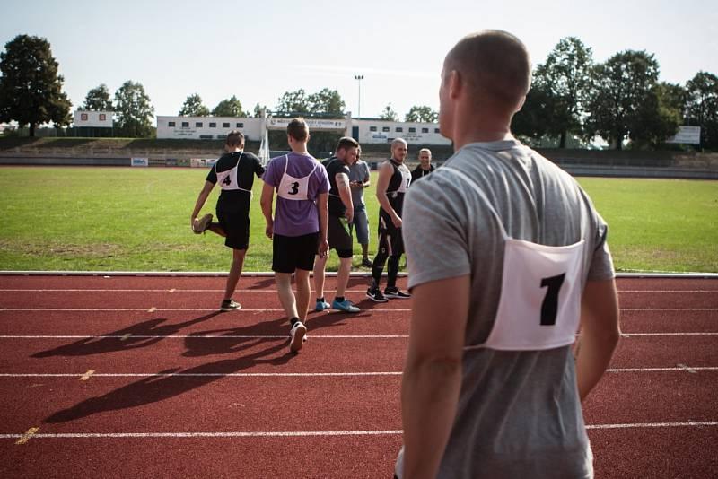 Finální disciplína. Běh na jeden kilometr v časovém limitu 5:15 minut. A čím rychleji, tím více bodů pochopitelně.