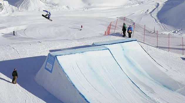 ONDŘEJ PORKERT reprezentoval Pardubický kraj na zimních Olympijských hrách mládeže v rakouském Innsbrucku. Skončil na skvělém osmém místě.