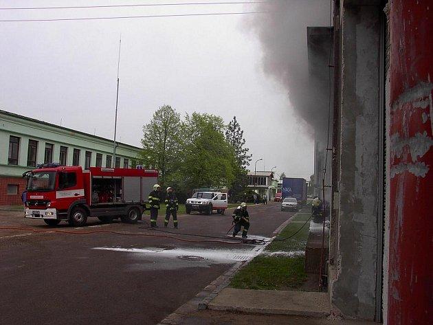 Požár trafostanice v Přelouči