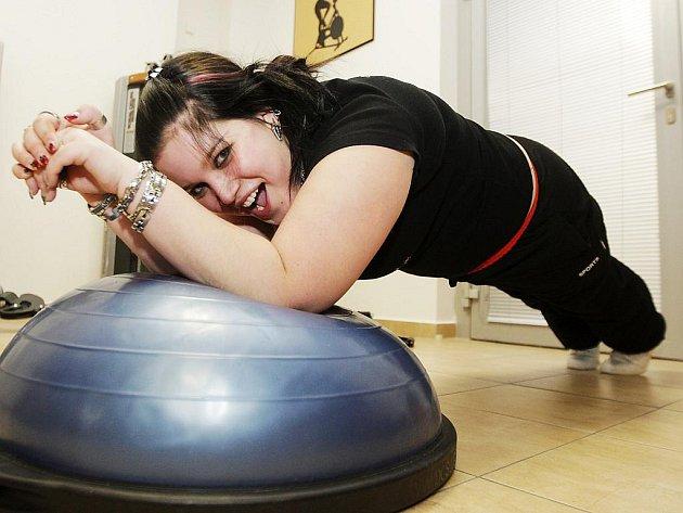 Seriál Hubneme s Deníkem přichystal při svém dalším společném cvičení všem účastnicím takzvaný kruhový trénink.