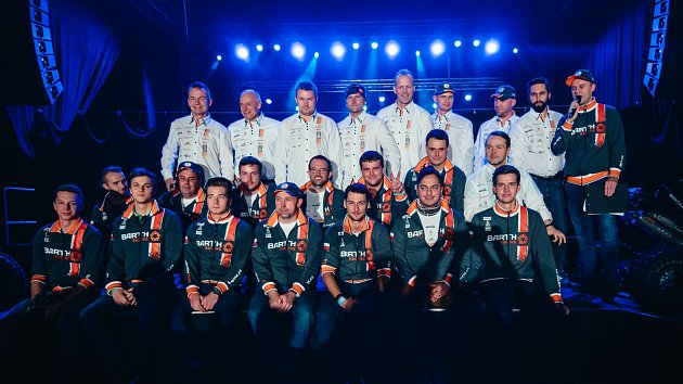 Barth Racing se představil příznivcům v pardubické Tipsport areně při akci Barth Day. Rallye Dakar začne v Jižní Americe na začátku roku 2018.