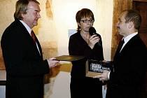 V Rytířském sále pardubického zámku byly předány ceny čtvrtého ročníku soutěže Stavba roku Pardubického kraje.