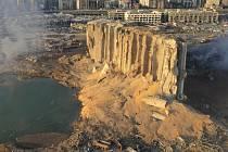 Poničené silo v Bejrútu
