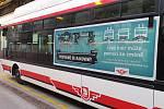 S knírem na masce jezdí vozy v 11 městech České republiky. Pardubice mají pět kníratých trolejbusů.