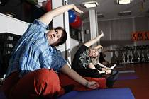 Poslední společné cvičení našich soutěžících ve Vektor Wellness clubu. Tentokrát to byla power jóga.