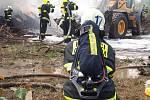 Požár skládky ve Zdechovicích