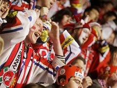 Play-off v pardubickém hokejovém chrámu. To je hlavně o fanoušcích.