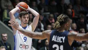Viktor Půlpán v utkání proti Francii