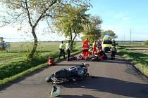 Střet dvou motorkářů skončil tragicky.