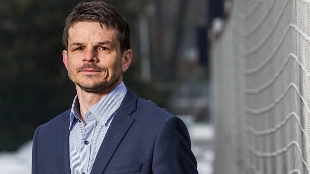 Sportovní ředitel Jiří Sabou. Do hradeckého klubu vnesl novou energii a impuls.