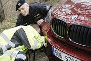 Pardubická policie odhalila za několik málo týdnů již šesté vozidlo se zakázaným aktivním antiradarem.