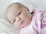 DOMINIKA FLEŠKOVÁ se narodila 3. května v 15 hodin a 35 minut. Měřila 53 centimetrů a vážila 4260 gramů. Maminku Danielu u porodu podpořil tatínek Miroslav. Doma v Dolních Ředicích na ně čekají tříletá Diana, sedmiletý Marek a patnáctiletý Martin.