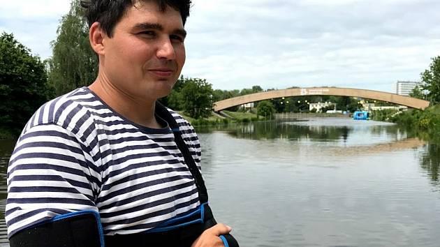 Nyní jsem v Pardubicích, kde jsem otevřel půjčovnu paddleboardů, takže kolem vody se pořád pohybuji.