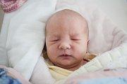 Adéla Kramná se narodila 15. září v 15:27 hodin. Měřila 49 centimetrů a vážila 3420 gramů. Maminku Hanu u porodu podpořil tatínek David a rodina je z Pardubic.