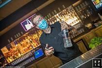 Oldřich Marek se těší znovu za bar