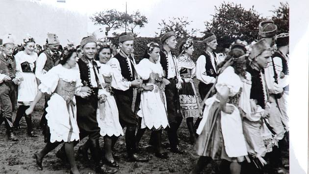 Z historie Vyšehněvic.