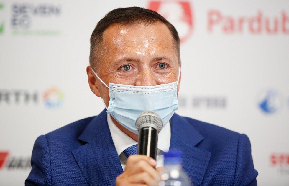 Předsezóní tisková konference týmu HC Dynamo Pardubice.