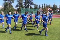 S ÚSMĚVEM NA VĚC. Přeloučští ragbisté se nemohli dočkat návratu. Vždyť se po dvanácti letech vrátili do elitní soutěže.