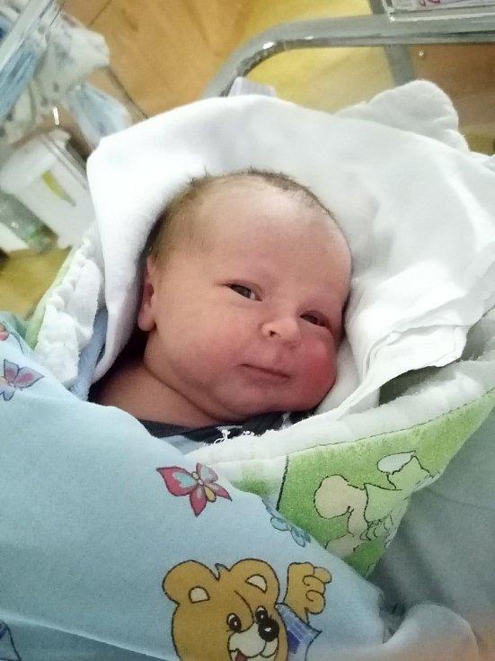 Michal Daniel Cincura se narodil 20. 1. 2021 ve 21:59 hodin. Vážil 3540 g a měřil 50 cm. Rodina je doma v Morašicích.