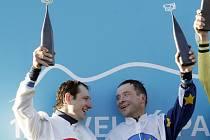 V minulé Velké pardubické bral Dušan Andrés (vpravo) stříbro. Na Jana Faltejska a jeho raketu jménem Orphee des Blins nikdo neměl. Co letos?