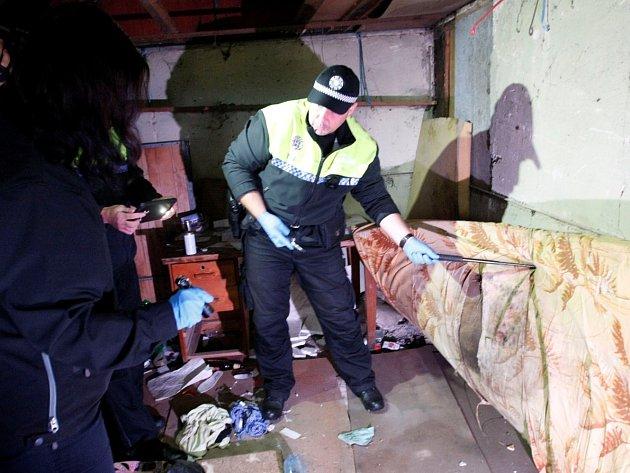 Strážníci našli během jedné hodiny dvanáct injekčních stříkaček