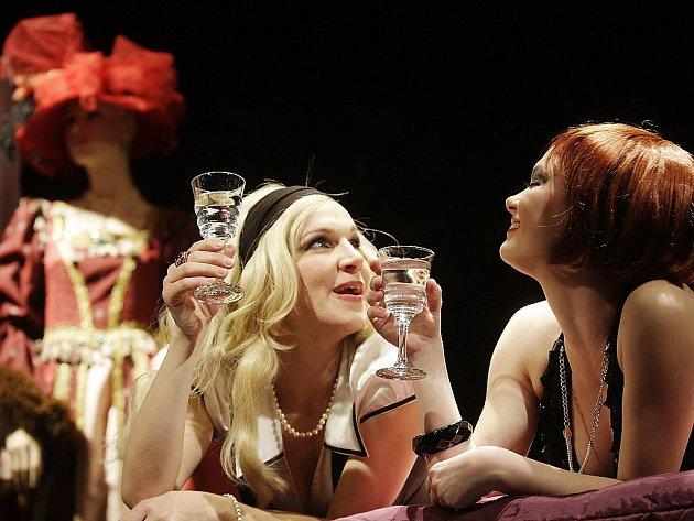 Desdemona. Hra o šátku