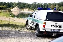 Smrt utonulého muže nyní šetří policie