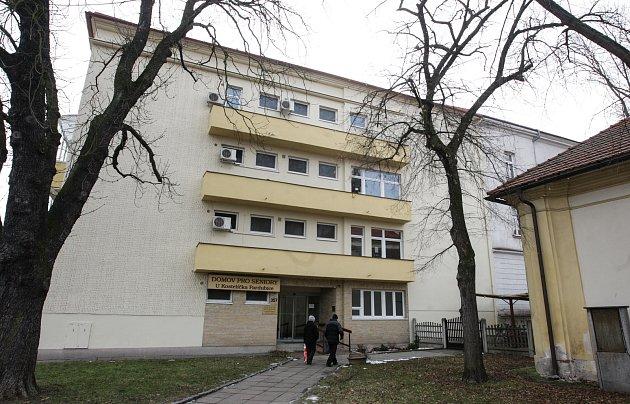 Domov pro seniory UKostelíčka ve Štrosově ulici vPardubicích.