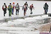 Mezinárodní mistrovství České republiky jedotlivců na ledové ploché dráze na rybníku Hluboká u Holic.