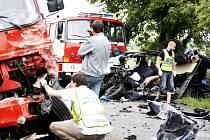 Čelní střet s náklaďákem řidič pick-upu nepřežil