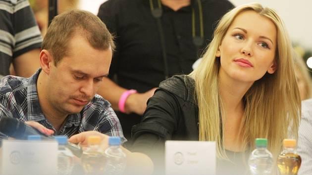 Linda Bartošová v porotě castingu České Miss