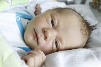 Tomáš Tauc se narodil 30. června v 9:14 hodin. Měřil 51 centimetrů a vážil 3570 gramů. Maminka Lenka a tatínek Tomáš jsou z Pardubic.